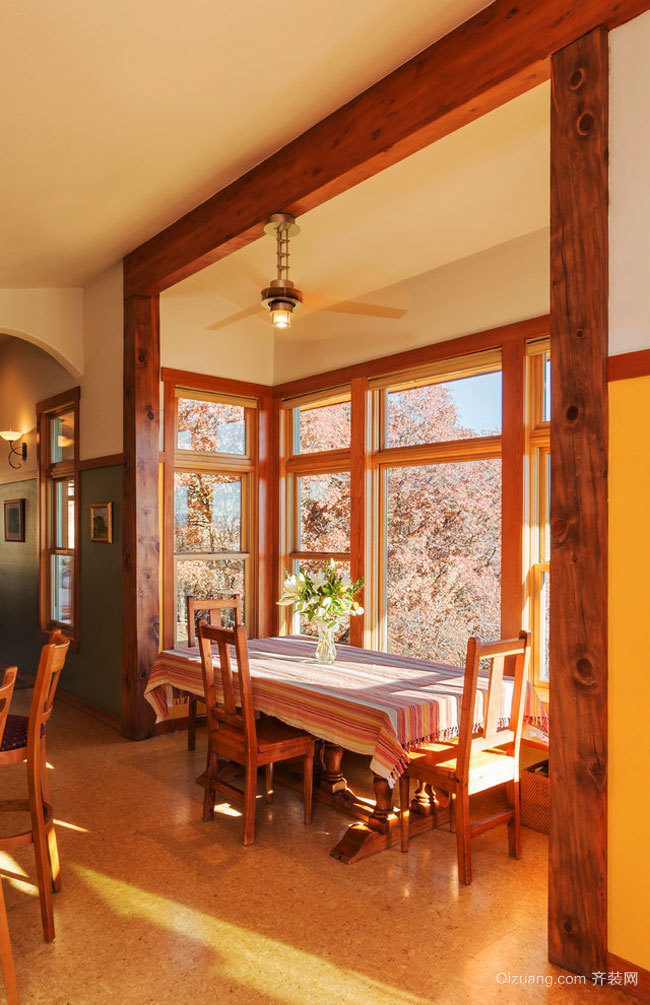 美式乡村风格别墅餐厅装修效果图赏析