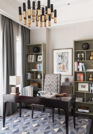 欧式风格大户型精致低调书房装修效果图