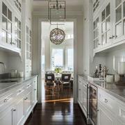 欧式风格别墅室内精美厨房装修效果图赏析