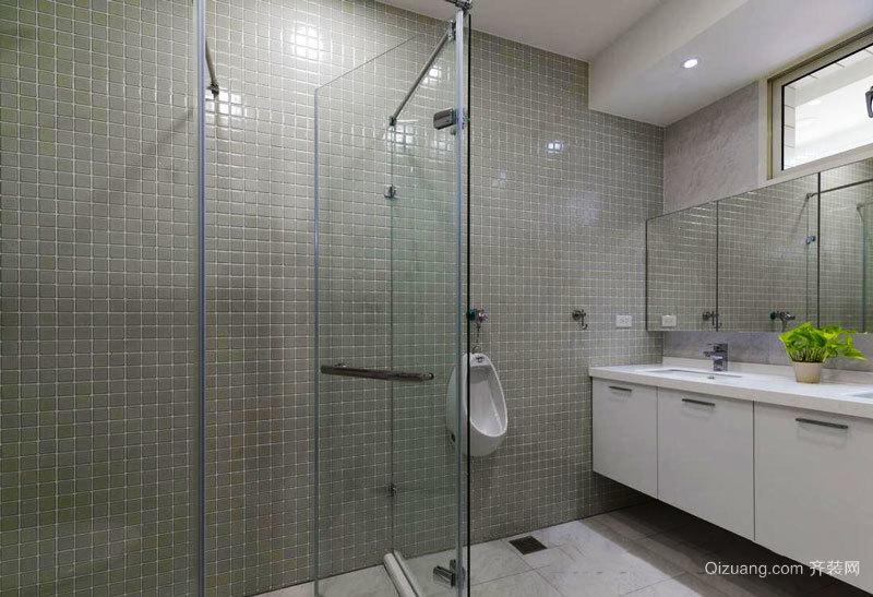 现代简约风格卫生间玻璃隔断装修效果图