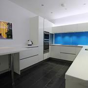 现代简约风格厨房餐厅装修效果图赏析