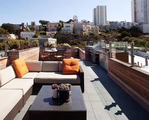 现代风格精致露天阳台装修效果图赏析