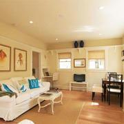 简欧风格温馨浅色客厅装修效果图欣赏