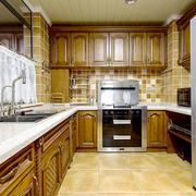 美式风格复古精致整体厨房装修效果图