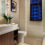 现代简约风格卫生间干湿隔断设计装修效果图