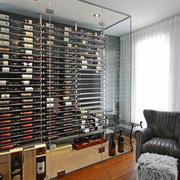 现代风格精致玻璃酒柜设计装修效果图鉴赏