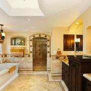 美式风格别墅室内精致卫生间装修效果图赏析