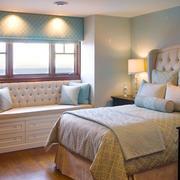 欧式风格精美卧室飘窗设计装修效果图赏析