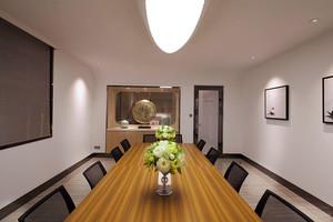 现代风格简约小型会议室装修效果图