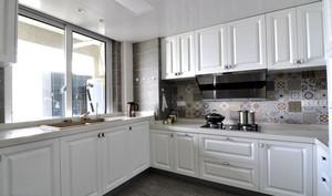 简欧风格白色整体厨房装修效果图赏析