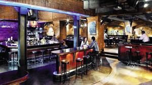 100平米美式风格精致酒吧装修效果图