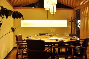 中式风格古色古香餐厅包厢装修效果图