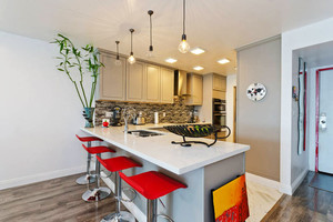 简约风格时尚开放式厨房吧台装修效果图赏析