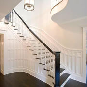 欧式风格精美别墅楼梯设计装修效果图赏析