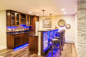 美式乡村风格精美室内吧台设计装修效果图