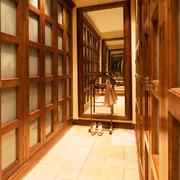 中式风格古典精致衣帽间装修效果图欣赏