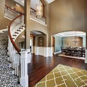 欧式风格别墅室内楼梯设计装修效果图赏析
