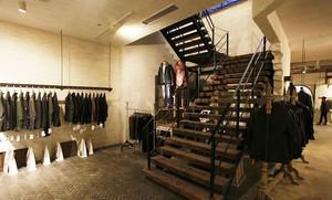 200平米后现代风格精品服装店装修效果图