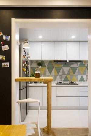 北欧风格简约小户型厨房装修效果图