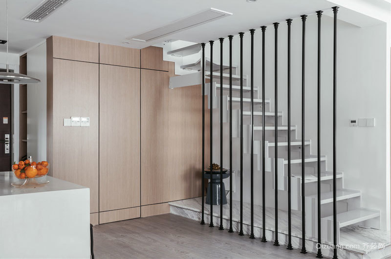 现代简约风格楼梯隔断设计装修效果图鉴赏