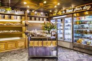 54平米现代风格时尚面包店装修效果图