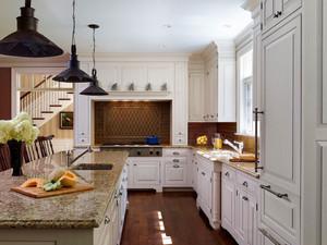 欧式风格别墅室内精美厨房设计装修效果图赏析