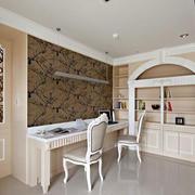 欧式风格别墅室内温馨书房设计装修效果图