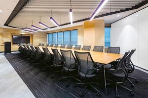 64平米现代风格精致会议室装修效果图