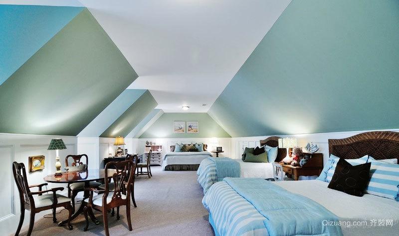 欧式风格清新别墅阁楼卧室装修效果图