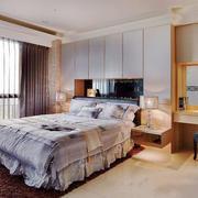 简欧风格温馨卧室背景墙装修效果图赏析
