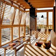 现代风格实木休闲阳台设计装修效果图赏析