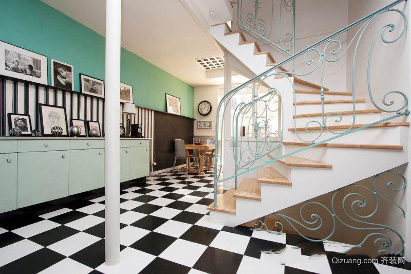 欧式风格精美时尚铁艺楼梯设计装修效果图