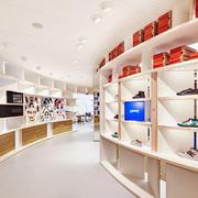 130平米现代简约风格精品鞋店装修实景图