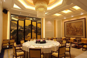 中式风格精致奢华酒店包厢吊顶装修效果图