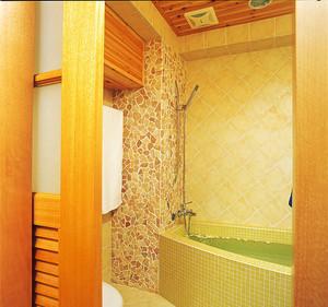 现代风格原木色温馨三室两厅室内装修实景图赏析
