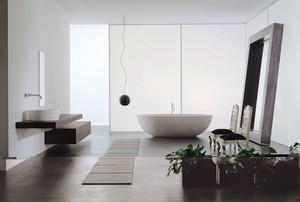 现代风格大户型精致卫生间装修实景图