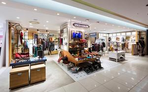 55平米现代风格精品服装店装修效果图