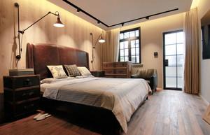 美式风格原木经典卧室装修效果图