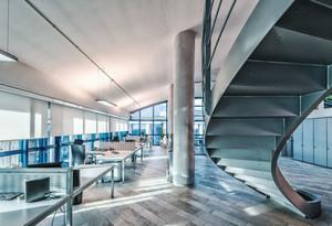 后现代风格大型办公室设计装修效果图赏析