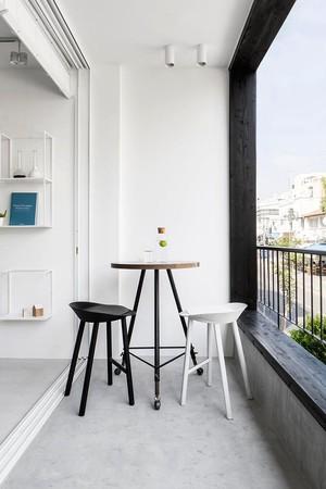 现代简约风格黑白时尚两室两厅室内装修效果图