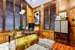 美式风格别墅古典书房设计装修效果图