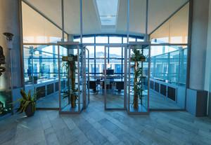 现代简约风格总经理办公室装修效果图