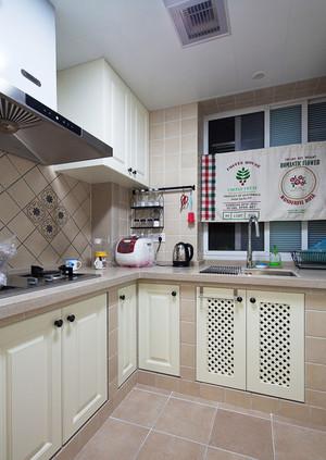 美式风格简约三室两厅室内装修效果图案例