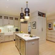 欧式风格别墅豪华精致厨房设计装修效果图