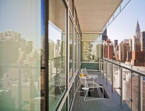 简约风格休闲时尚阳台设计装修效果图