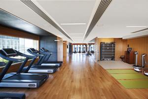 现代风格健身会所健身房装修效果图