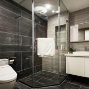 现代简约风格精装卫生间淋浴房设计装修图