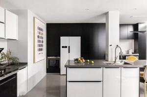 现代简约风格精致开放式厨房装修效果图