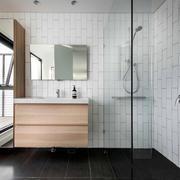 现代简约风格卫生间淋浴房设计装修效果图
