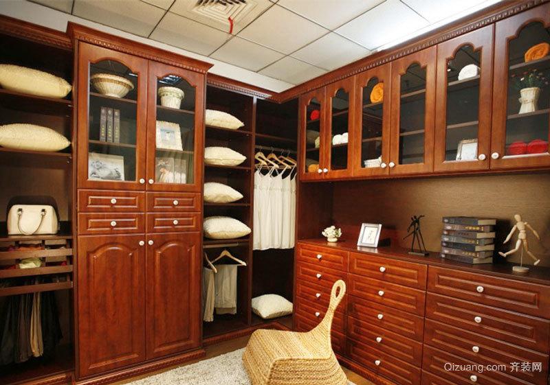 中式风格装修独立式衣帽间装修效果图